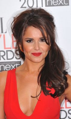 Cheryl Cole. If I could just look like this only a few times a month, I'd have it made!! Ah, to dream....