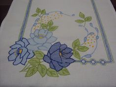 Bordados Flor de Castanheira: Abril 2010