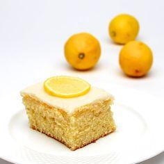 Stylish Cuisine Lemonade Cake http://stylishcuisine.com/?p=5368