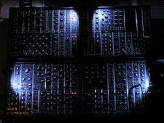 Now that's a wall of modular (not mine, #5U, #MU, #dotcom)