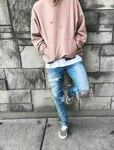 Straight into street, outfits for your inspiration have a look like and follow.. #we #love #streetwear #fashion