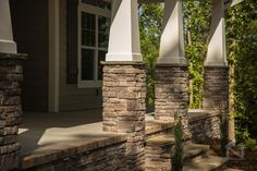 Craftsman style front porch columns with stone accent. Home built by North Point Custom Builders. Home Exterior Makeover, Exterior Remodel, Building A Porch, Building A House, Front Porch Columns, Porch Beams, Front Entrances, Front Porches, Porch Kits