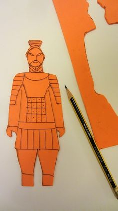 Still about China, what better way to reproduce the huge Terracotta Army of Xi'an, except through a printing technique? We used the most simple and cheap: – foam engraved with a sharp pencil… Ancient Egyptian Art, Ancient China, Egyptian Mythology, Egyptian Goddess, Ancient Aliens, Ancient Greece, Ancient History, Army Crafts, Kids Crafts