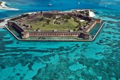 Fort Jefferson, Dry Tortugas by Steve53