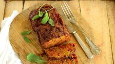 Mureketaikinaan ei tarvitse niin paljon lihaa, kun korvaa osan siitä hernerouheella.