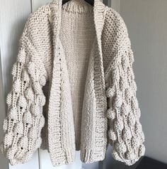 knitting cardigan winter clothingwarm dress cover up Crochet Cardigan, Knit Crochet, Hand Knitting, Knitting Patterns, Warm Dresses, Knitted Coat, Jacket Pattern, Knit Jacket, Bubble