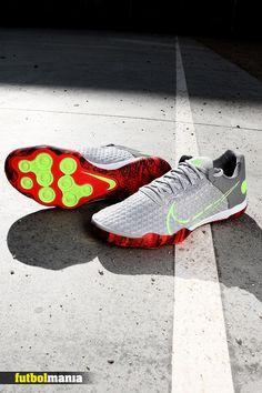 Adidas, Nike Free, Sneakers Nike, Dark, Team T Shirts, Nike Football, Barcelona Spain, Cat, Store