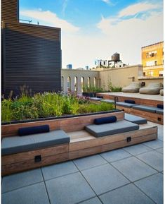 Piet Oudolf creates rooftop garden for New York condo building NYC Rooftop Terrace designed by Piet Terrace Garden Design, Rooftop Design, Terrace Ideas, Balcony Garden, Garden Ideas, Garden Seating, New York Condos, Diy Terrasse, Design Jardin