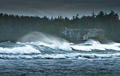 Tofino Storm Watching and Chasing.  PICTURED: WINTER STORM WATCHING AT WICKANINNISH INN, FOFINO, CANADA. #Tofino