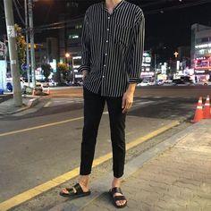 Korean Fashion Trends, Korean Street Fashion, Asian Fashion, Look Fashion, Trendy Fashion, Mens Fashion, Fashion Outfits, Fashion Shoes, Fashion Rings