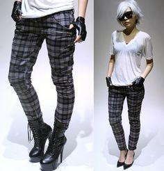 need these plaid leggings asap