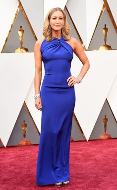 Oscars 2016: Lara Spencer attends the awards ceremony in an aquarium blue gown designed by Roland Mouret.