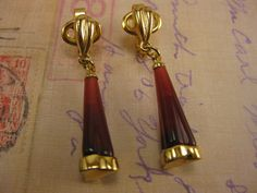 Vintage Earrings, Vintage Jewelry, Red Lucite Drop, Vintage Clip Ons, Vintage Trafari, Trafari Clip On, Gold Tone