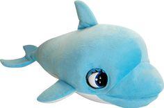 BLU BLU DELFIN Blublu - Baby Delfín, un suave bebé delfín. Un tierno y cariñoso bebé delfín que necesita tus cuidados, a quien le encanta tu compañía y que llamará tu atención si no interactúas y juegas con él. Cuándo tiene hambre, abre enérgicamente la boca para pedir su pescadito. Cuándo está contento, Blublu abre y cierra los ojos. Si le das el chupete, emite sonidos hasta quedarse dormido. Dimensiones: 30 x 20 x 7 cm. Funciona con 3 pilas AA. Pilas no incluidas. Edad recomendada: +3…