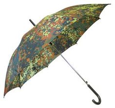 German Flecktarn Umbrella When it's raining, you need. Rustic Painting, Army Gifts, Army Surplus, Camo Fashion, Woodland Camo, Loot Bags, When It Rains, Get Directions, It's Raining