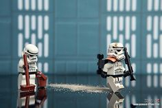 LEGO Star Wars Stormtrooper & Sandtrooper Minifigs | I just have finished washing floor (actual title) by storm TK431