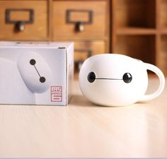 Awwww, isn't he just so cute. Drinkware Type: MugsStyle: ModernMaterial: CeramicFeature: Eco-FriendlyCeramic Type: PorcelainCertification: CE / EU, SGS, LFGB, FDA, EEC,CIQAccessories: With NoneShape: nonecolor: Whitequantity: 1pcpicture: Baymax