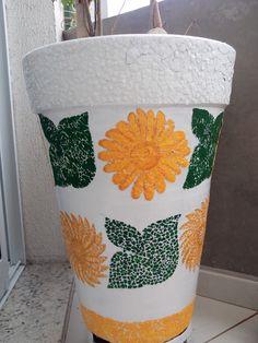 Mosaicos feitos com cascas de ovos. Coisas de Gigi.