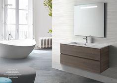 CAPRAIA de SCS Colección que se caracteriza por sus lavabos de geometría rigurosa y superficie perfectamente plana, con un espesor mínimo de 18 mm. del borde. Esta compuesta de tres lavabos: 105-80-60 cm. y mueble de dos cajones con altura de 53,5 cm. y fondo de 48 cm. Acabados en Lacado y en Laminado. #baño #design #inardi