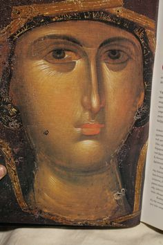 Mother of God / icon / detail Byzantine Icons, Byzantine Art, Queen Of Heaven, Hail Mary, Art Icon, Orthodox Icons, Sacred Art, Christian Art, Religious Art