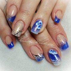 Blue nails, one stroke