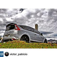 """Quarta feira de cinzas com #citroen #VTR  nessa foto """"cinzenta"""" colaboração do  @victor_patricio  e #garagemdoestagiario C4 VTR do  @luizmodena"""