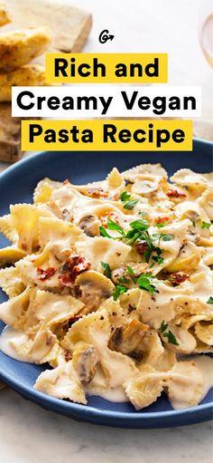 You won't believe it's not butter. #creamy #vegan #pasta http://greatist.com/eat/vegan-pasta-recipe-with-garlic-cream-sauce