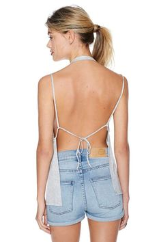 We hate to watch you go, but we love to watch you leave in this rad heather gray tank featuring an open back with a tie closure and stretch fabric. Hot Outfits, Pretty Outfits, Summer Outfits, Sequin Tank Tops, Cami Tops, Lace Halter Top, Dont Look Back, Fashion Plates, Topshop