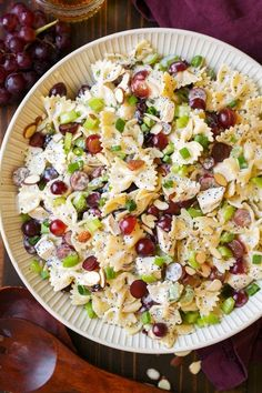 Poppy Seed Chicken and Grape Pasta Salad (Cooking Classy) – Charisma M. Poppy Seed Chicken and Grape Pasta Salad (Cooking Classy) Poppy Seed Chicken and Grape Pasta Salad Chicken Pasta Salad Recipes, Easy Pasta Salad Recipe, Best Pasta Salad, Summer Pasta Salad, Easy Salad Recipes, Summer Pasta Recipes, Dinner Recipes, Salad Chicken, Cashew Chicken