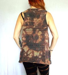 Hand dyed vest from Iconic Locks on Etsy. Alternative upcycled fashion. Casual and active wear. Be comfy ans stylish https://www.etsy.com/shop/IconicLocks?ref=hdr_shop_menu&section_id=6316217