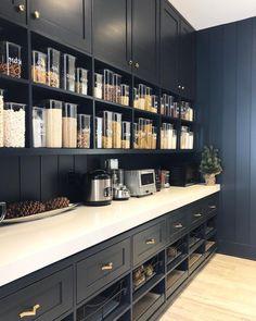 Kitchen Pantry Design, Kitchen Pantry Cabinets, New Kitchen, Kitchen Decor, Kitchen Storage, Kitchen Ideas, Pantry Storage, Upper Cabinets, Dark Cabinets