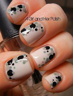 pois nail art - polish