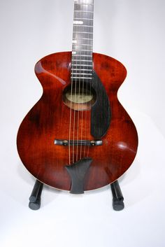 An Asian acoustic archtop guitar made by EastMan but Designed by the great Matt Otto D'ambrosio (will he be the next D' after D'angelico and D'aquisto?). Lots of Steve Klein inspiration.