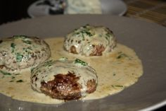 Roquefort sauce is a recipe of Roquefort sauce to accompany your chopped steaks for a easy and quick meal that may enchantment to the massive, steak Sauce Recipes, Beef Recipes, Marinade Sauce, Diner Recipes, Potato Dishes, Dips, Steaks, Relleno, Quick Meals
