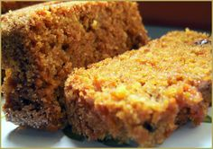Torta de Nueces y Zanahorias (Carrot and Nut Cake) ---from Hispanic Kitchen--I'd probably put cream cheese icing on it! Mexican Food Recipes, Sweet Recipes, Cake Recipes, Dessert Recipes, Pinterest Cake, Pan Dulce, Carrot Cake, Cakes And More, Vegan Desserts