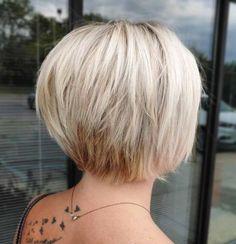 Nape-Length Graded Bob 100 Mind-Blowing Short Hairstyles for Fine Hair Bob Haircut For Fine Hair, Bob Hairstyles For Fine Hair, Mom Hairstyles, Haircuts For Fine Hair, Short Haircuts, Wedding Hairstyles, Braided Hairstyles, Hairstyle Men, Formal Hairstyles