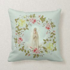 Our Lady of Fatima Rose Spring Floral Wreath Throw Pillow #traditionalcatholic #showerofrosesshoppe #inspirational #pillows #catholicgifts #firstholycommunion #gifts #religious #christian
