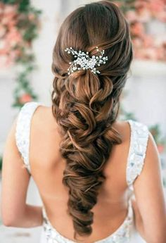 New Bridal Hairstyles for Women with Top Clip | Full Dose