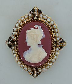 Pearl cameo great idea to update my grandmas antique cameoa pearl cameo great idea to update my grandmas antique cameoa distracted by shiny things pinterest pearls brooches and jewel mozeypictures Choice Image