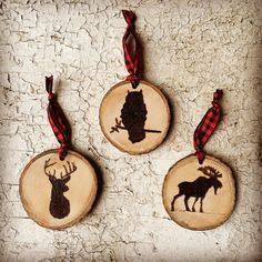 Made from a maple tree branch, these ornaments are wood burned with images of our favorite woodland creatures. We are happy to try any animal silhouette - just message us! Ornament is approximately 2 round. It hangs on red and black buffalo plaid ribbon. This listing is for one ornament. If youre purchasing more than 3, message first for a quantity discount! Thank you for looking! Doug & Tara