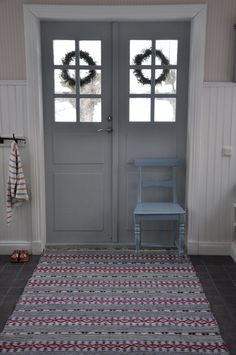 A contemporary small apartment with Swedish style Interior Design. A small space apartment, with very cozy and spacious interior. Swedish Style, Swedish Design, Nordic Style, Swedish Cottage, Swedish House, Scandinavian Interior, Scandinavian Style, Entry Hall, Main Entrance