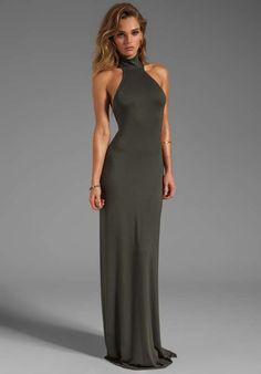 Elegantes y modernos vestidos largos de fiesta con escote en la espalda  http://vestidoparafiesta.com/elegantes-y-modernos-vestidos-largos-de-fiesta-con-escote-en-la-espalda/