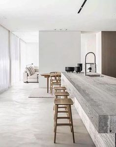 White walls the most used element in minimalist contemporary design. The ideal canvas for textural elements of design. Don't you just love the beauty of white walls? CLICK THE LINK IN THE H Minimalist Interior, Modern Interior Design, Interior Design Inspiration, Minimalist Design, Interior Architecture, Minimalist Closet, Minimal Kitchen Design, Kitchen Design Minimalist, Minimal House Design