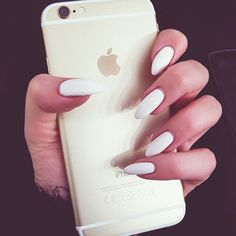 White nails are my fave
