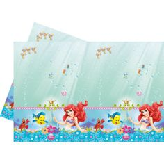 Set a table where all party goers can assemble to eat scrumptious snacks. This plastic The Little Mermaid table cover provides an instant makeover with its bold artwork of Ariel, Flounder and Sebastian.