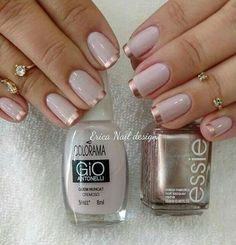 Nail art is a very popular trend these days and every woman you meet seems to have beautiful nails. It used to be that women would just go get a manicure or pedicure to get their nails trimmed and shaped with just a few coats of plain nail polish. Rose Gold Nails, Pink Nails, My Nails, Gold Tip Nails, Nail Art Vernis, Nail Manicure, Gold Nail Designs, French Nail Designs, Nails Design