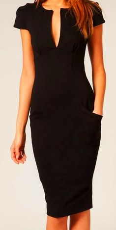 Shortkat Fashionista : little black dress... with pockets! Just alittle to low…