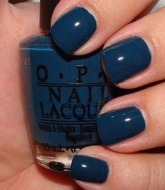 blue-perfect winter color
