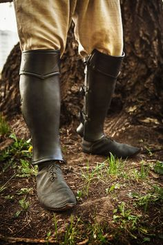 Leather Anatomical Greaves Leg Armor by IronWoodsShop on Etsy