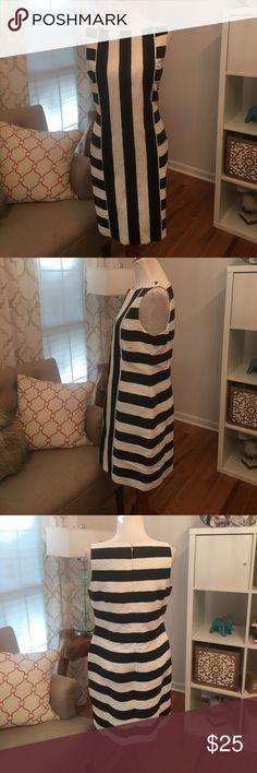 J Taylor Dress NWT with pockets!! Love it. J Taylor Dresses